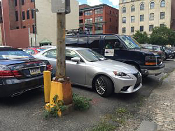 Garages Open Near Me >> The secret to parking big vehicles in the city